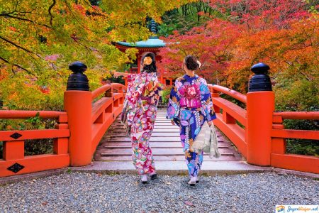 mujeres con kimono